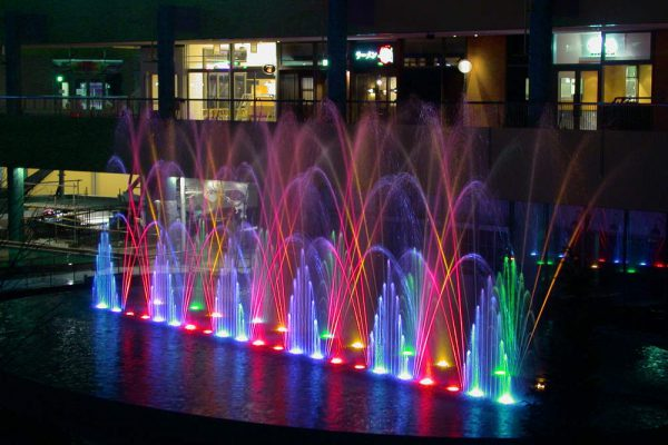 dancing fountain show